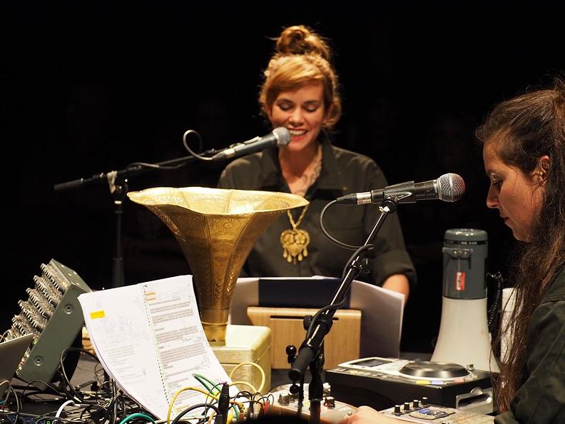 Wendy Pferd Tod Mexiko - Eine Akustische Performance KUFO Bad Radkersburg