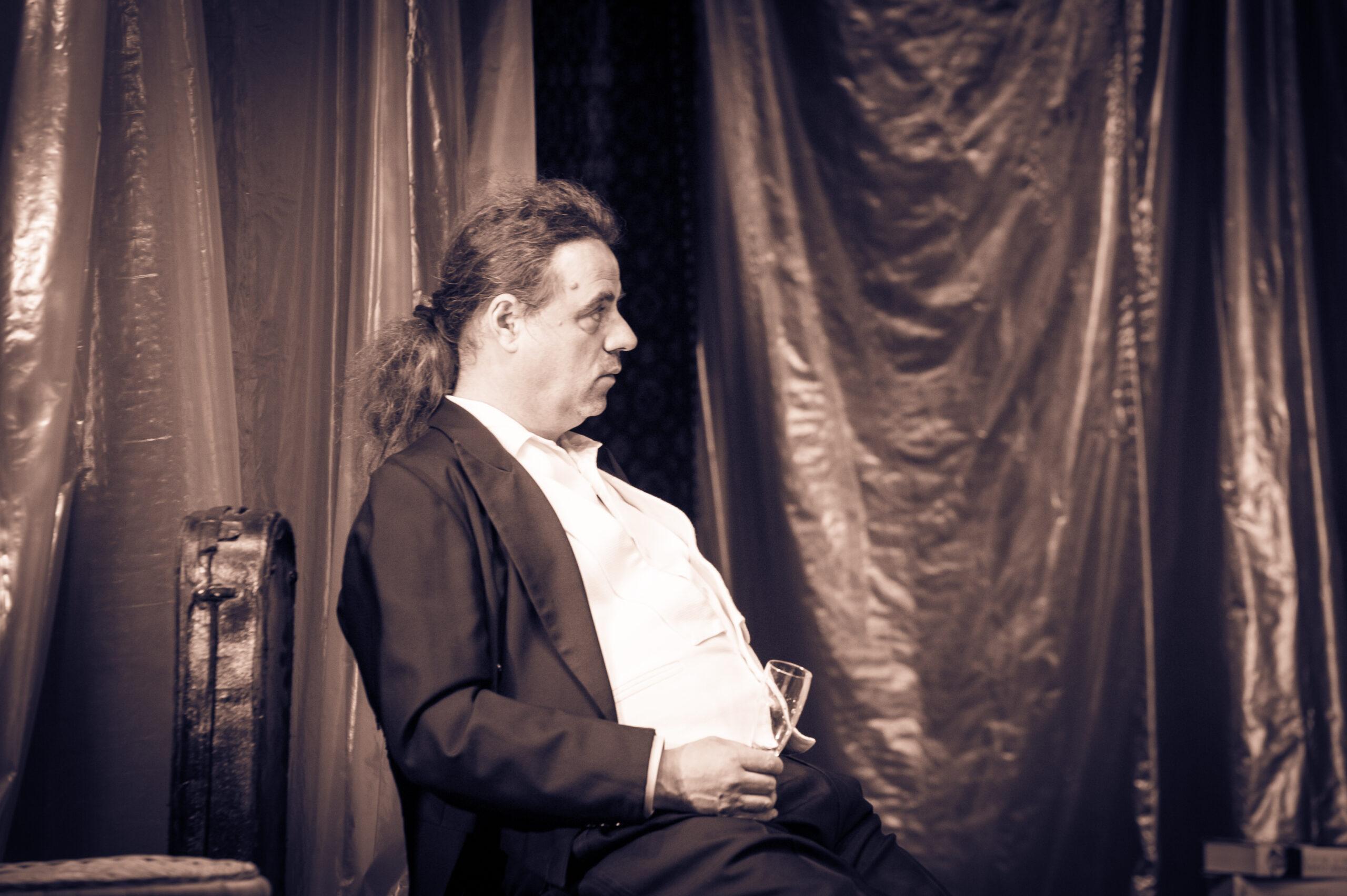Bluamanschdandal in der Geisterbahn Theater Pantharei – Ferdinand Pregartner und Olga Kous